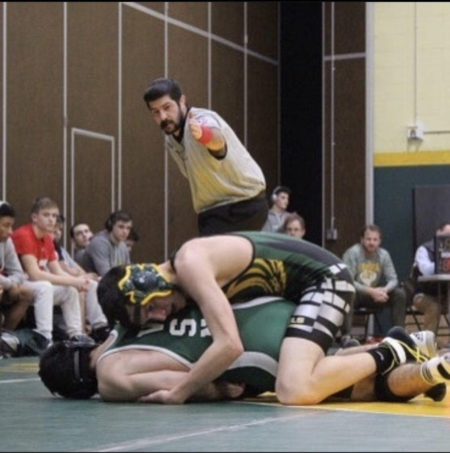 Varsity Wrestling Looks to Go Far