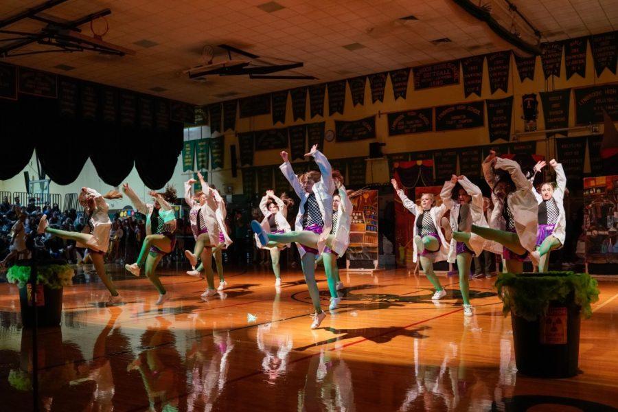 Senior kickline dance