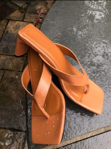 An example of the square-toed sandals that rose to popularity as a summer 2020 trend.