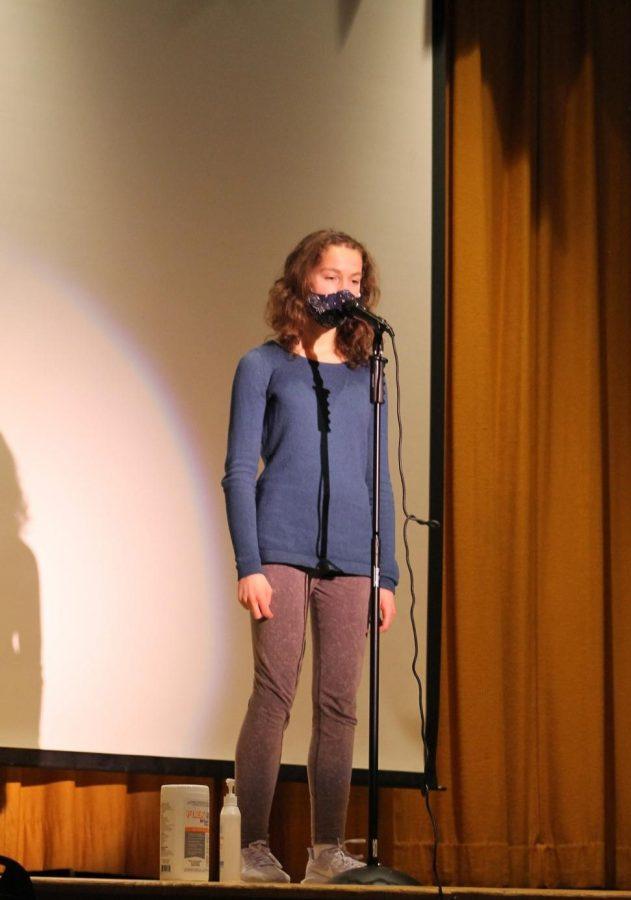Alyssa Inserra performs for LHS