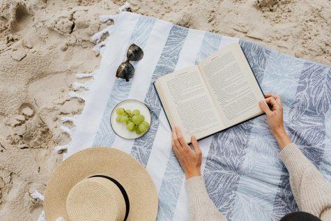 Best Beach Reads for Summer 2021